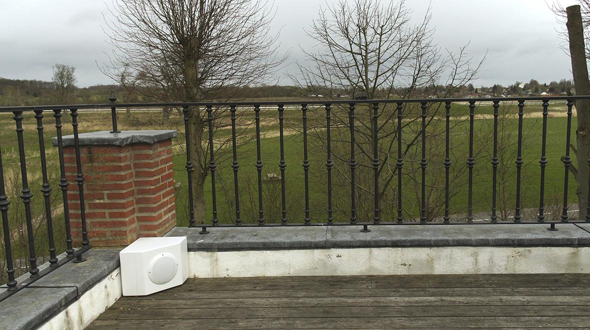 Terrace left